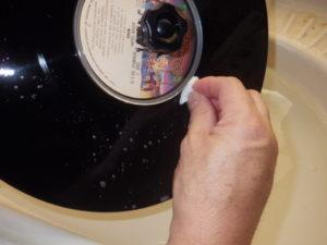 レコード盤洗浄1
